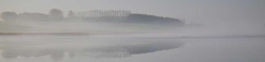 Blick über das winterlich friedliche Ornumer Noor