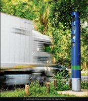 Kontrollsäule für die Lkw-Maut installiert
