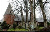 Laurentius-Kirche: Risse im Turm, morsches Holz